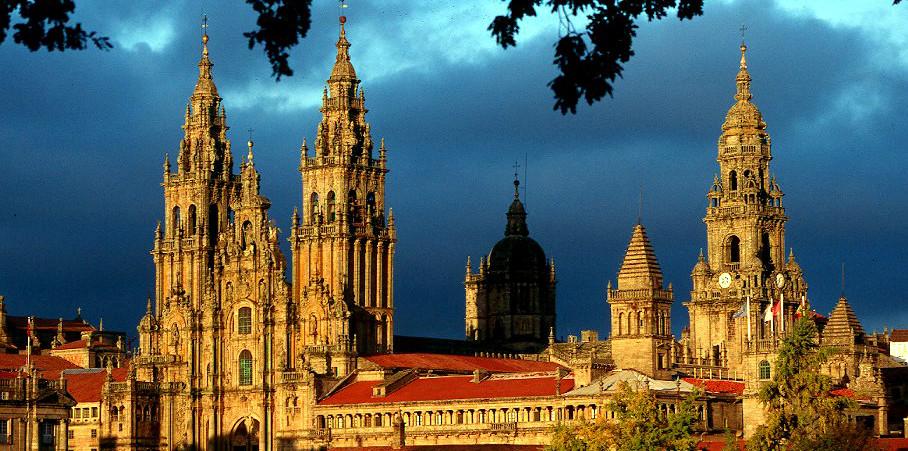 Fly til Santiago de Compostela