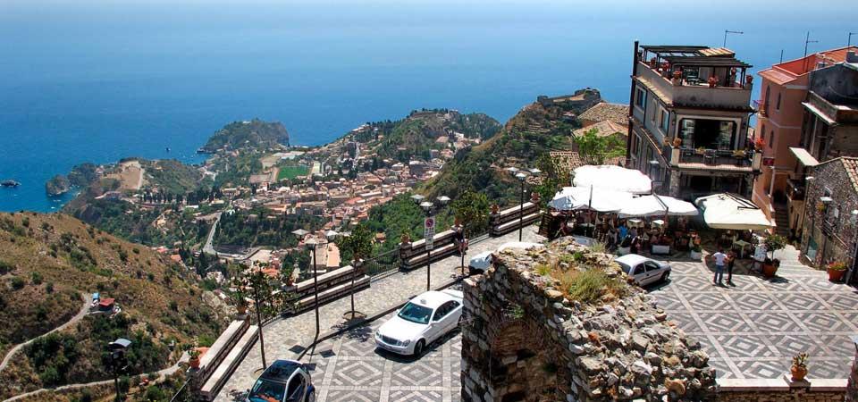 Fly til Sicilia