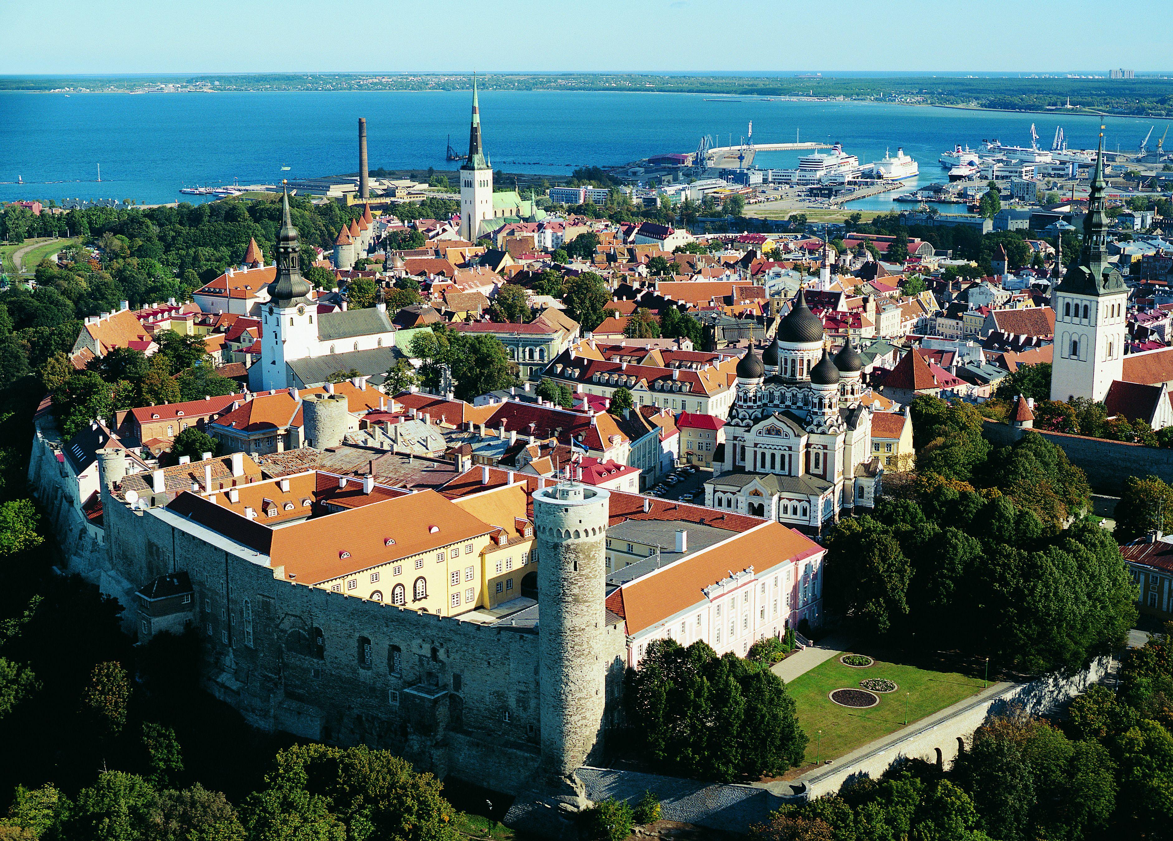 Flybilletter til Tallin
